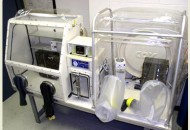 Combination Hypoxic and Anaerobic Chamber with a Central Airlock